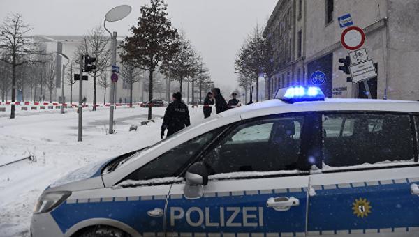 В Германии несколько аэропортов отменили рейсы из-за снегопада