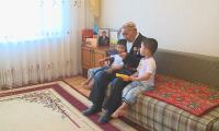 Ақтаулық 96 жастағы ардагер ЕХРО көрмесін тамашалайды