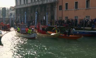 В Италии стартовали ежегодные карнавалы
