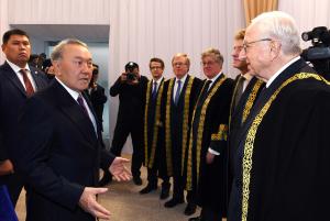 Мемлекет басшысы «Астана» халықаралық қаржы орталығы сотының төрағасының ант қабылдау рәсіміне қатысты