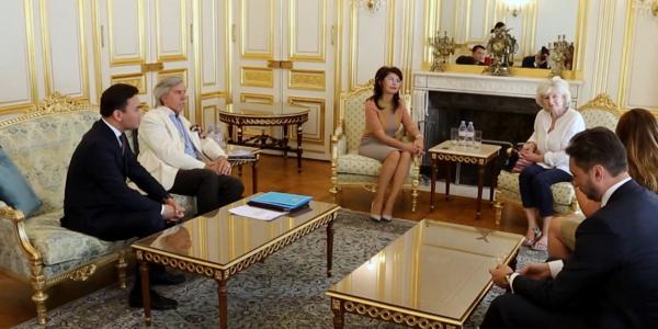 Антологию казахской литературы переведут на французский язык
