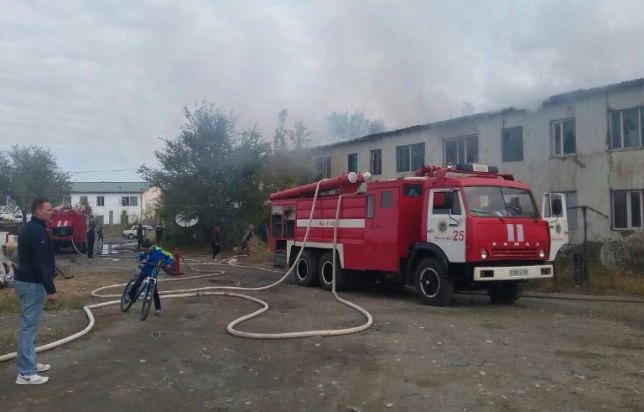 Алматы облысында көппәтерлі тұрғын үй өртенді