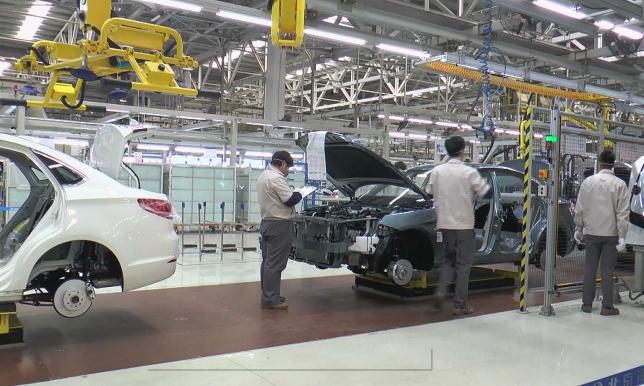 Китай планирует полностью отказаться от бензиновых автомобилей