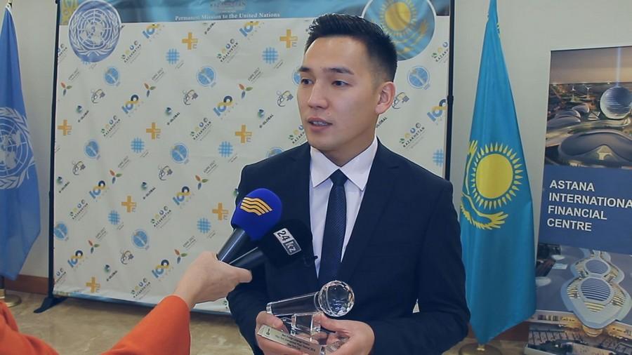 Казахстанский певец Мерей Зейнеш завоевал Гран-при на фестивале в Нью-Йорке